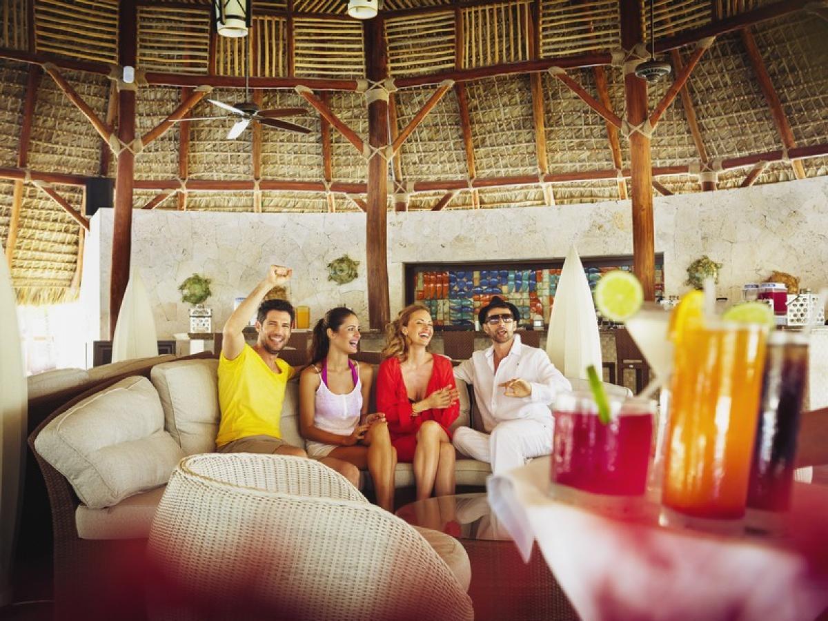 Barcelo Bavaro Beach Punta Cana Dominican Republic - Bar Bohio