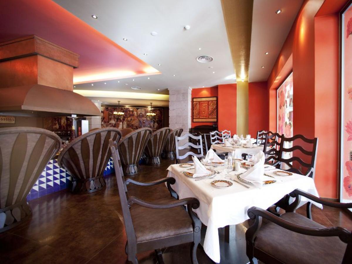 Barcelo Bavaro Palace Punta Cana Dominican Republic -Mexico Lindo Restaurant
