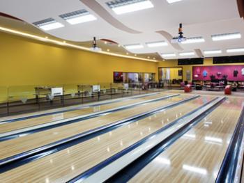 Barcelo Bavaro Palace Deluxe Punta Cana- Strikers Sports Bar & B