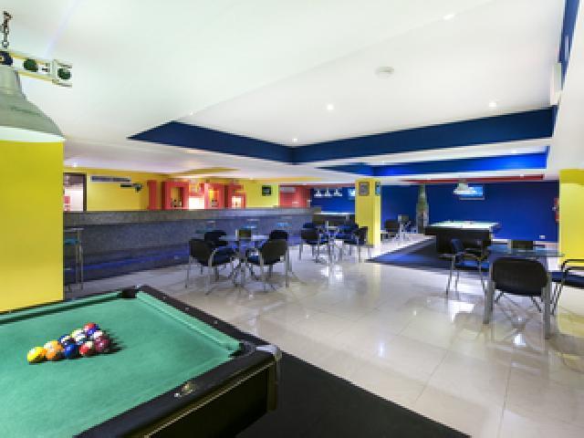 Barcelo Punta Cana Dominican Republic - Take Five Sports Bar