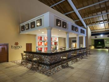 Barcelo Punta Cana Dominican Republic - Taino Teatro Bar