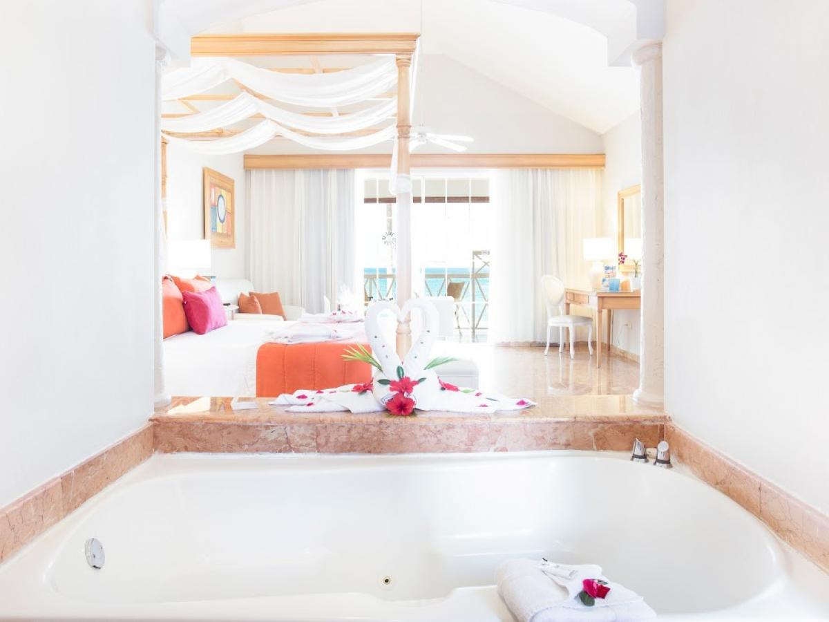 Be Live Punta Cana Dominican Republic - Master Suite Ocean View