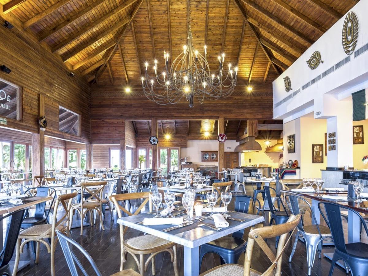 Be Live Punta Cana Dominican Republic - Aqua Restaurant