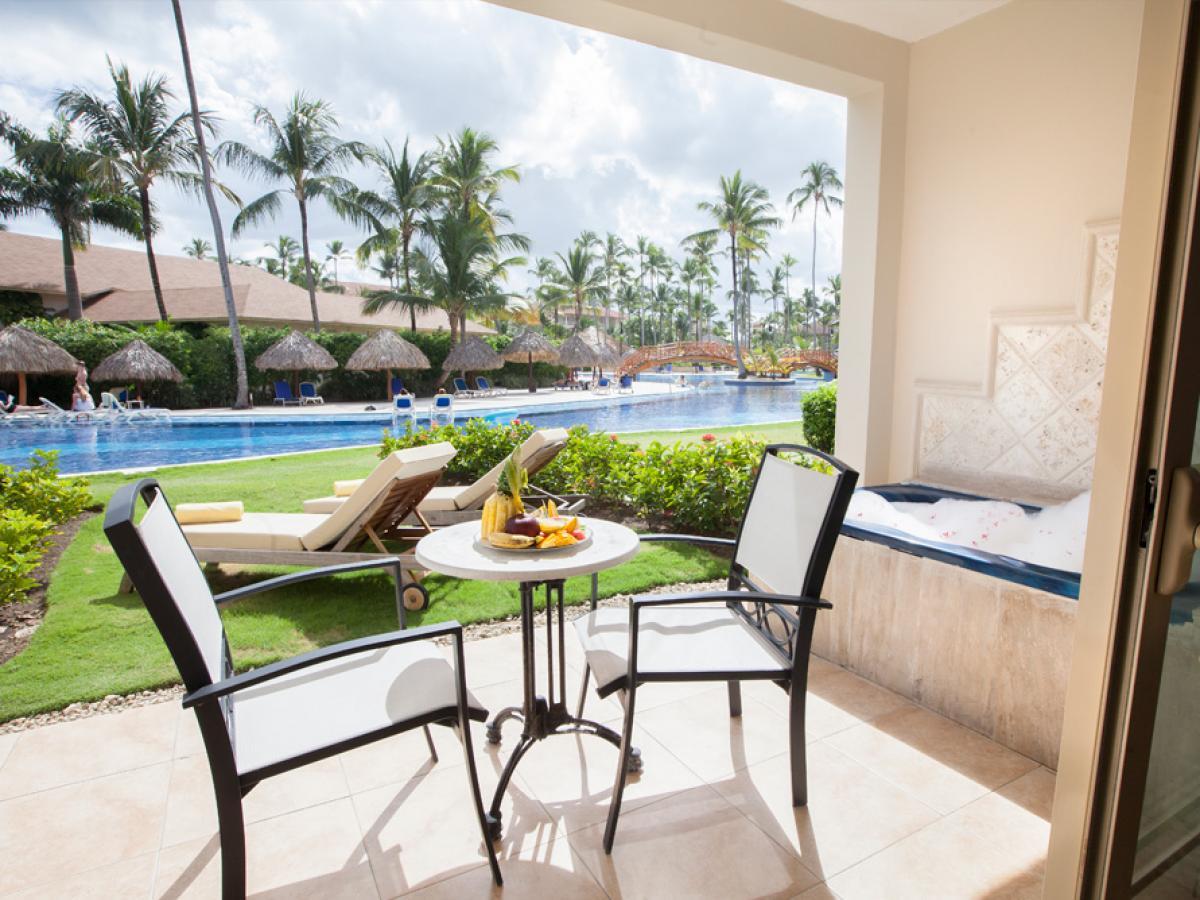 The Majestic Colonia Resort - Majestic Junior Suite Swim Up