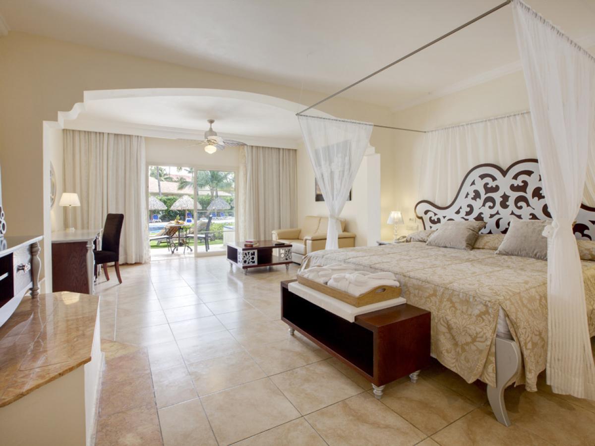 Majestic Colonial Punta Cana Dominican Republic - Majestic Junior Suite Swim Up