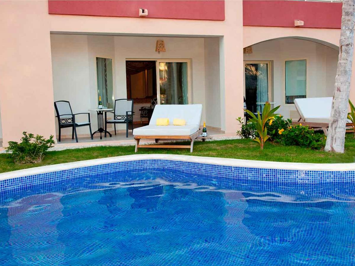 Majestic Elegance Punta Cana Dominican Republic - Elegance Club  Suite Swim Up O