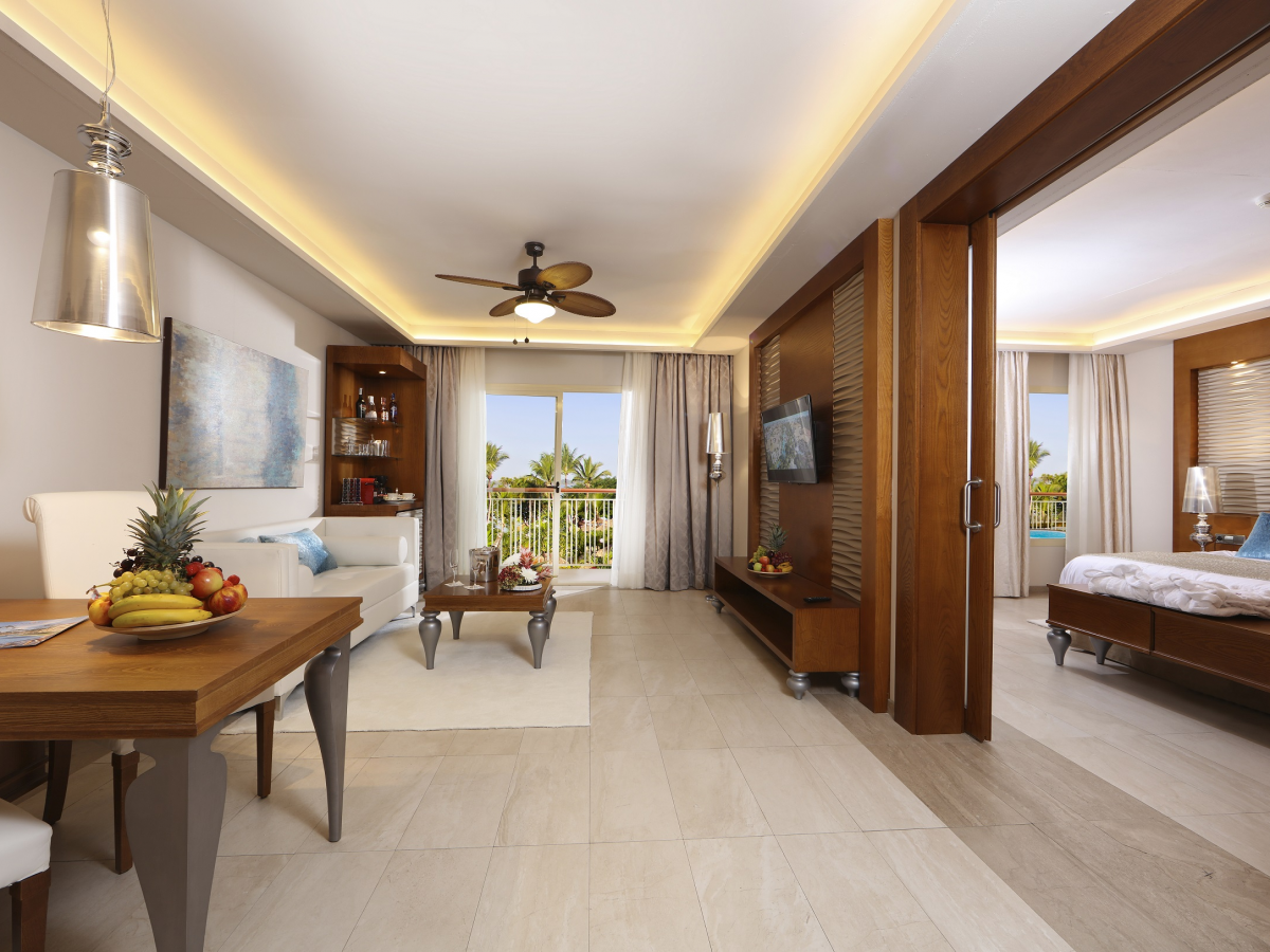 Majestic Mirage Family Club One Bedroom Suite 28Outdoor Jacuzzi 29 2020