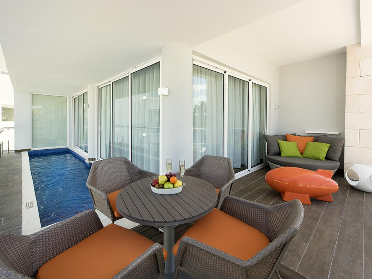 Nickelodeon Punta Cana Dominican Republic - Swank Plunge Pool Suite