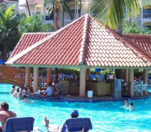 Occidental Caribe Punta Cana - Pool Bar