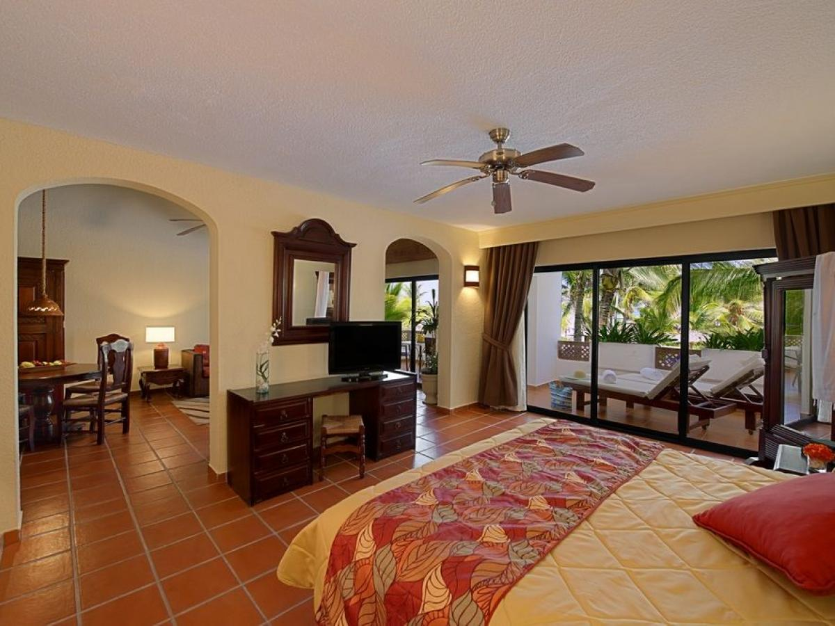 Occidental Punta Cana Dominican Republic - Suite Royal Level