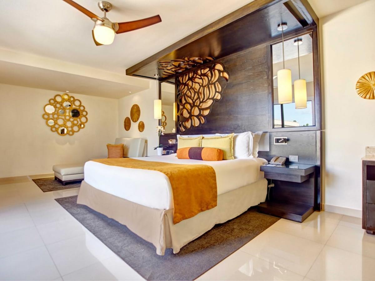 Royalton Punta Cana Dominican Republic - Honeymoon Jacuzzi Suite Adults Only Dia