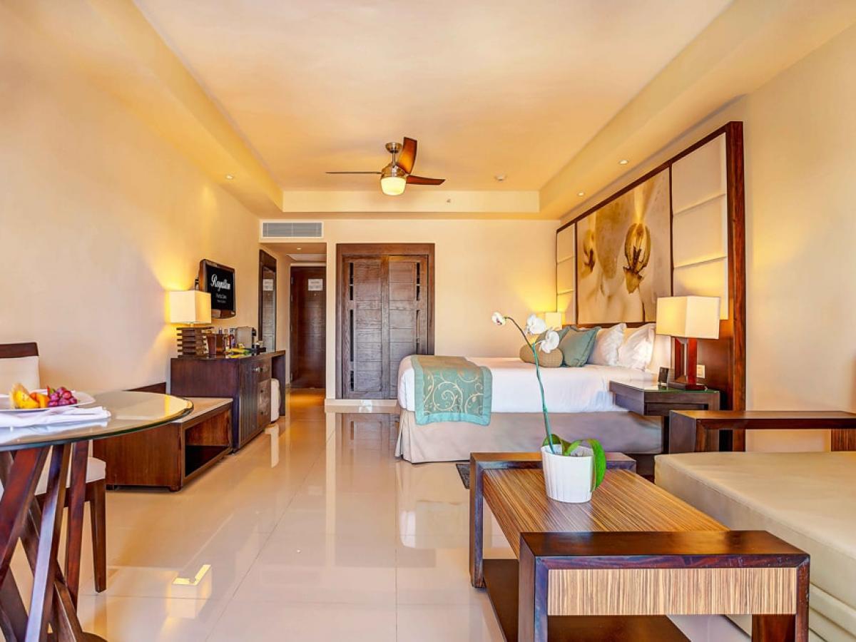 Royalton Punta Cana Dominican Republic - Luxury Room Adults Only Diamond Club
