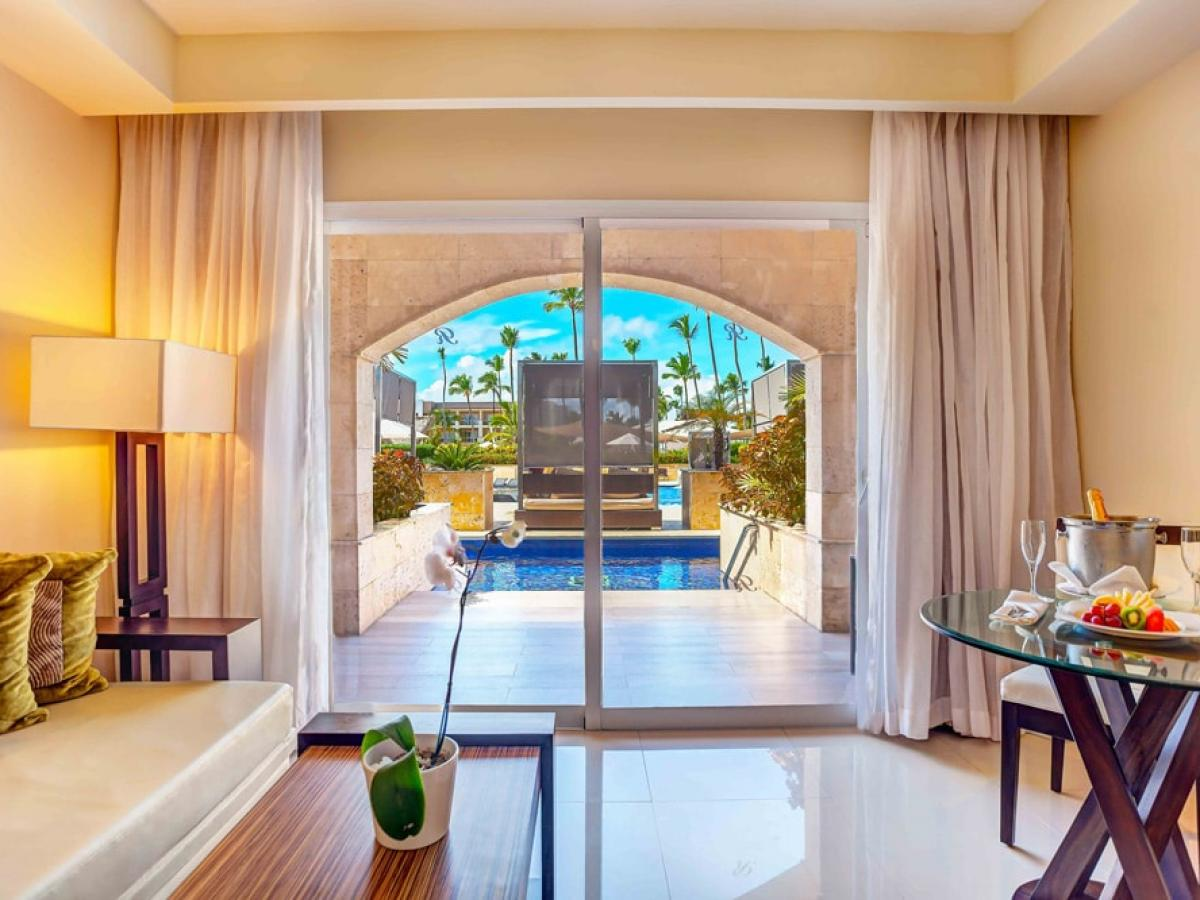 Royalton Punta Cana Dominican Republic - Luxury Room Adults Only Swim Out Diamon