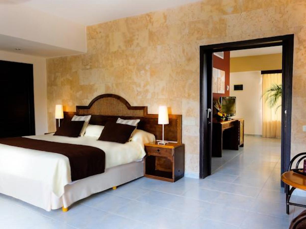 Sirenis Punta Cana Resort Casino & Aquagames Dominican Republic - Junior Suite