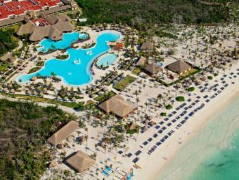 Grand Palladium Colonial Resort - Resort