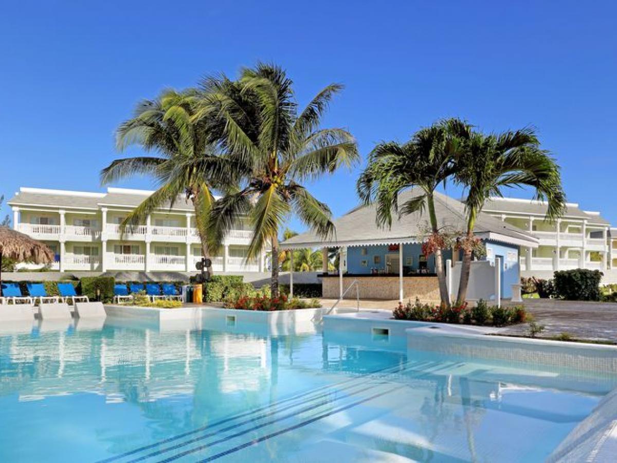Grand Palladium Resort & Spa Montego Bay Jamaica - Roselle Pool
