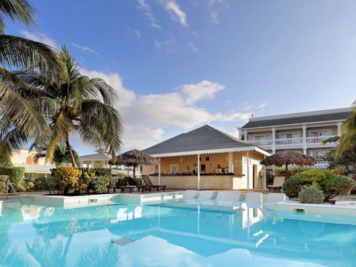 Grand Palladium Resort & Spa Montego Bay Jamaica - Coral Pool