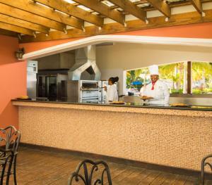 Hilton Rose Hall Resort & Spa Jamaica - Pizzeria
