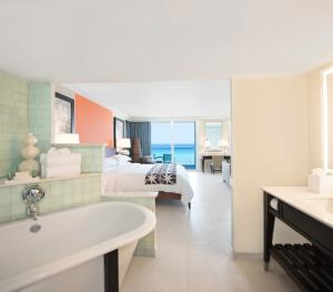 Hilton Rose Hall Resort & Spa Montego Bay Jamaica - Oceanfront Prim Minister Sui