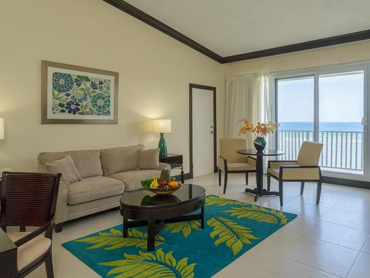 Holiday Inn Resort Montego Bay Jamaica - One Bedroom Suite