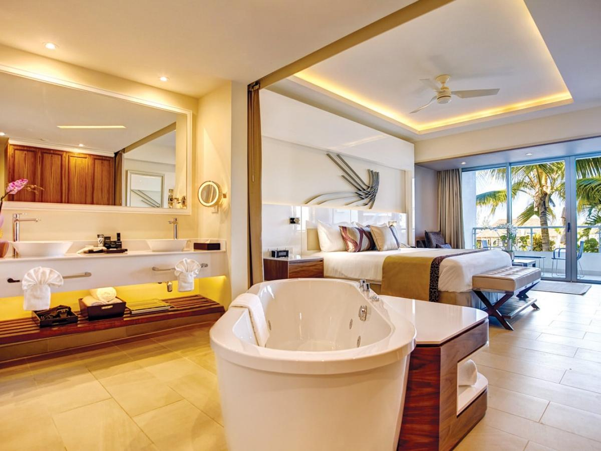 Royalton Blue Waters Luxury Junior Suite