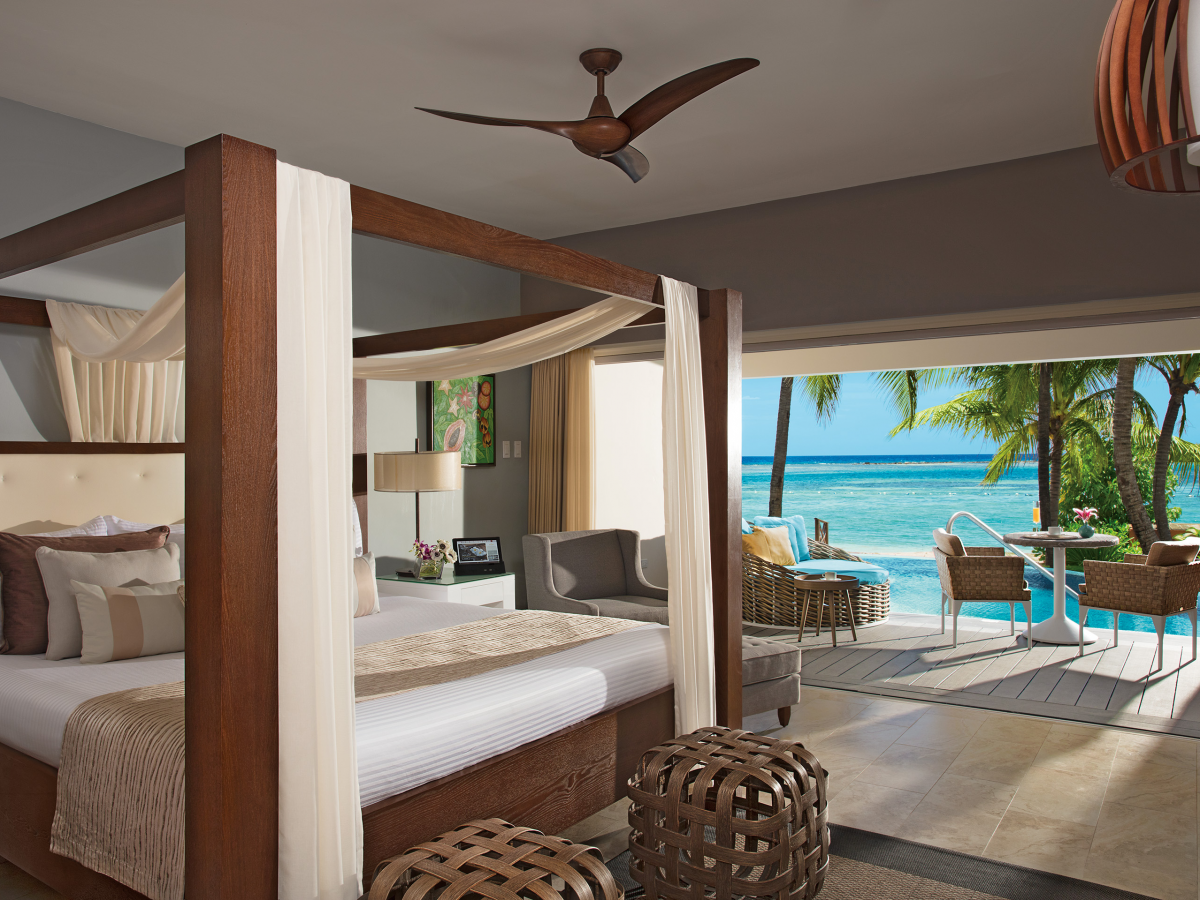 Zoetry Montego Bay Junior Suite Swim Out With Soaking Tub