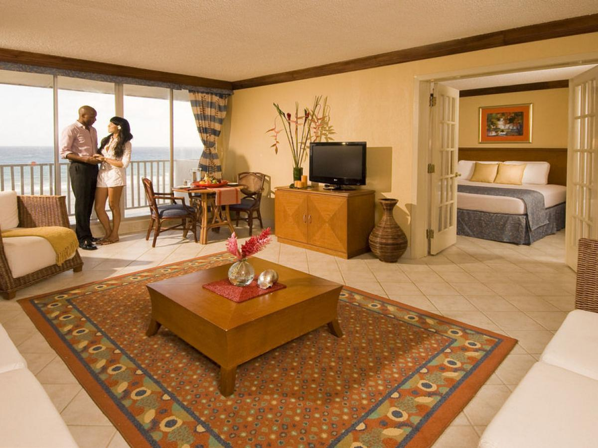 Holiday Inn Resort Montego Bay Jamaica - Rosehall one bedroom su