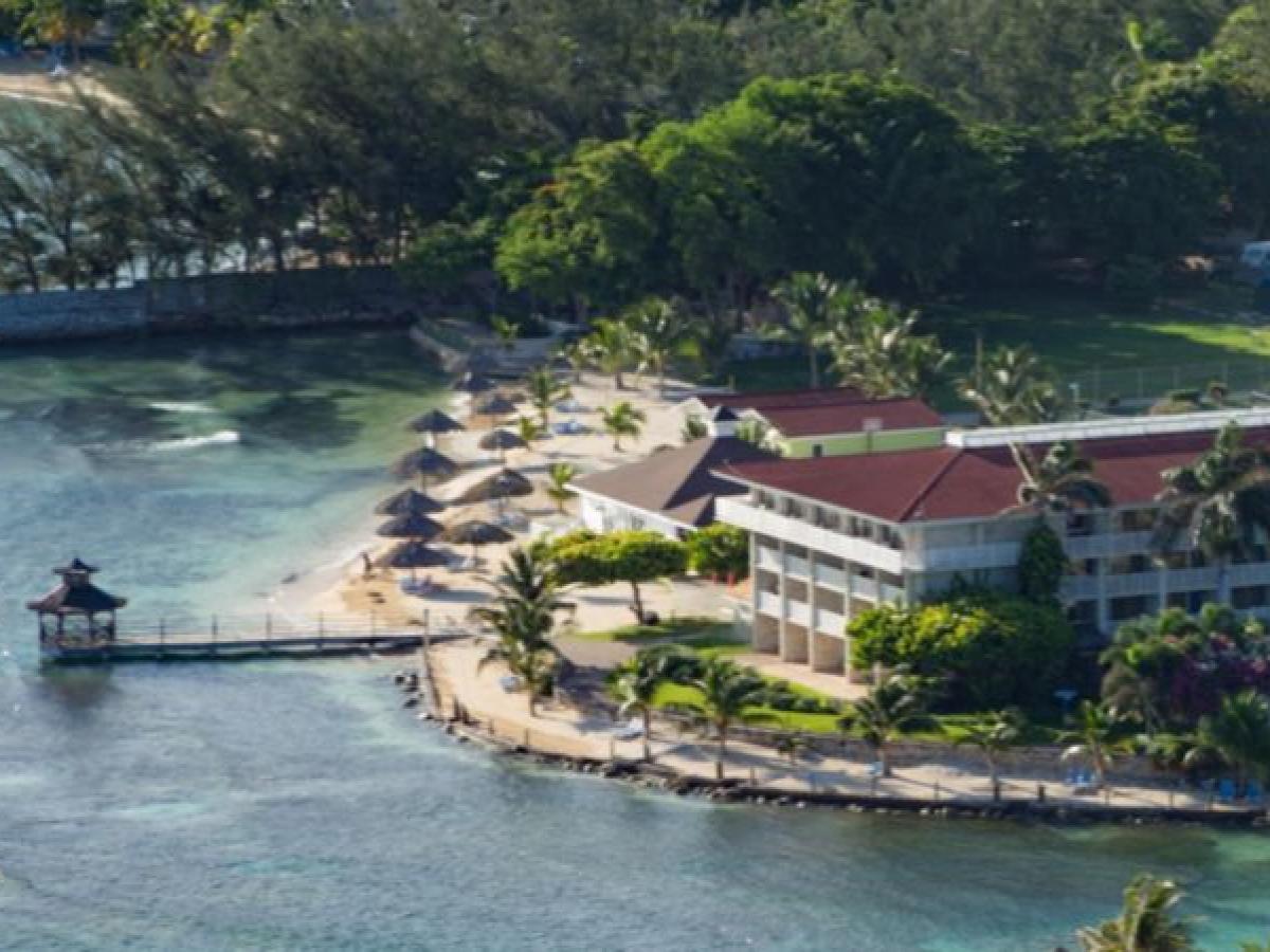 Holiday Inn Resort Montego Bay - Resort