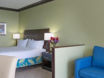 holiday inn resort montego bay 4130895197 16x5 jpg