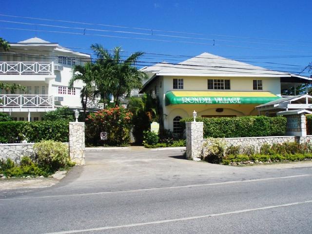 Rondel Village Negril Jamaica - Resort Entrance