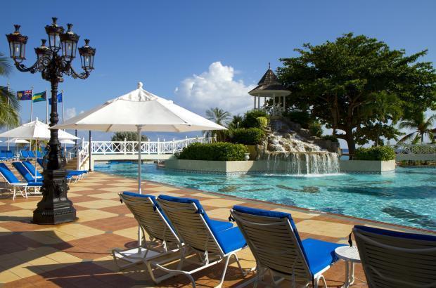 The Jewel Dunn's River Beach Resort & Spa Jamaica - Pool