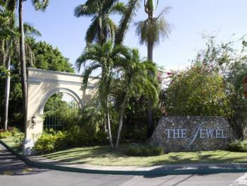 The Jewel Dunn's River Beach Resort & Spa Jamaica - Resort