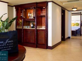 The Jewel Dunn's River Beach Resort & Spa Ocho Rios Jamaica -  O