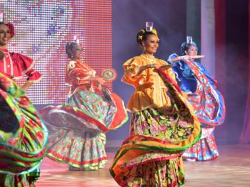Iberostar Cancun Mexico - Live Shows