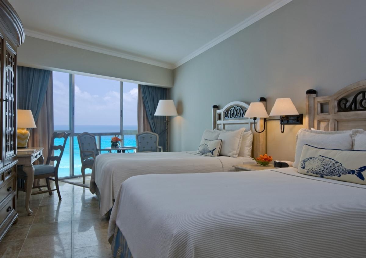 Sandos cancun luxury experience resort superior room