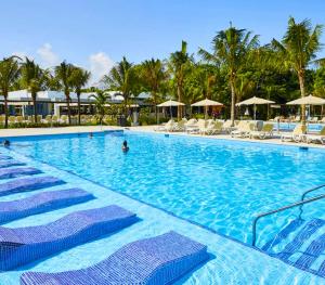 Hotel Riu Tequila Pool