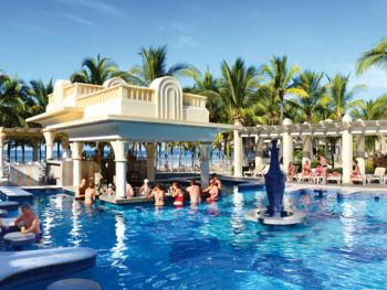 Riu Vallarta Mexico - Swim Up Bar Mezcal