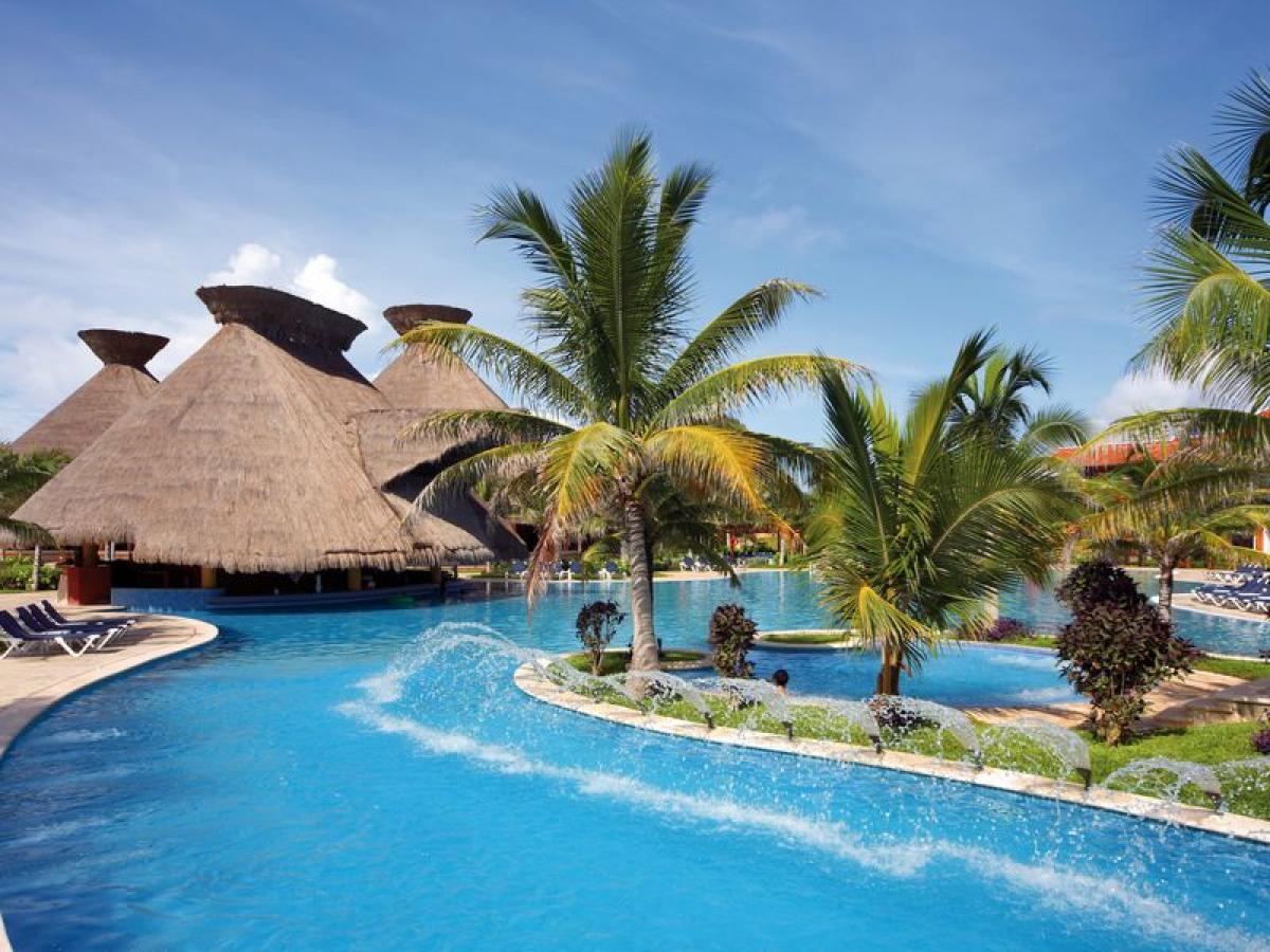 Hotel Barcelo Maya Grand Resort