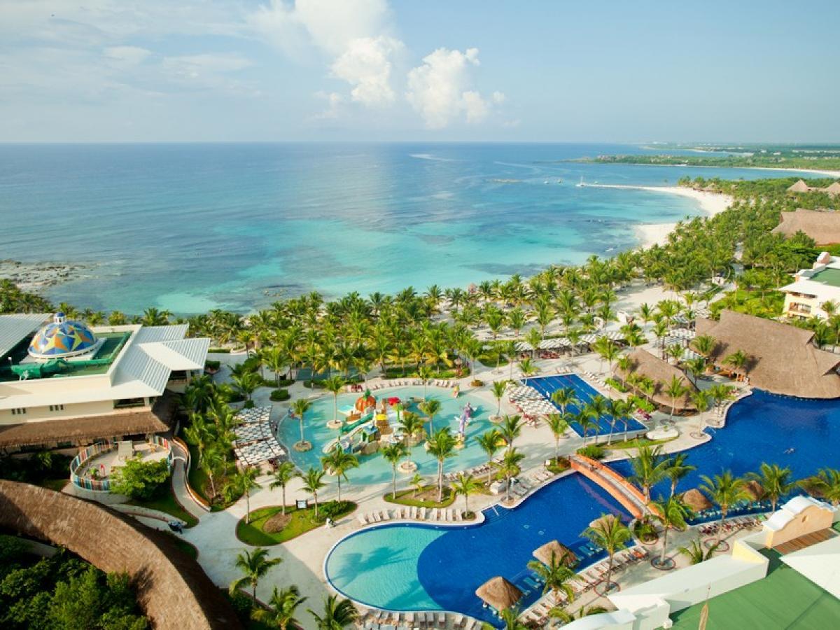 Barcelo Maya Grand Resort- Colonial/Tropical