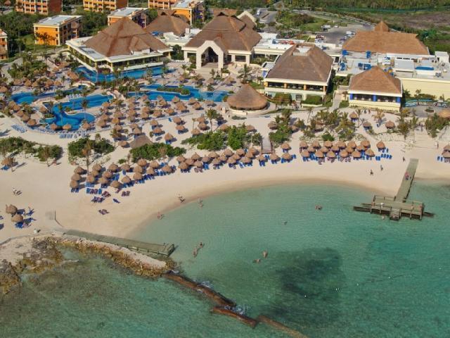 Luxury bahia principe akumal for Hotel luxury akumal