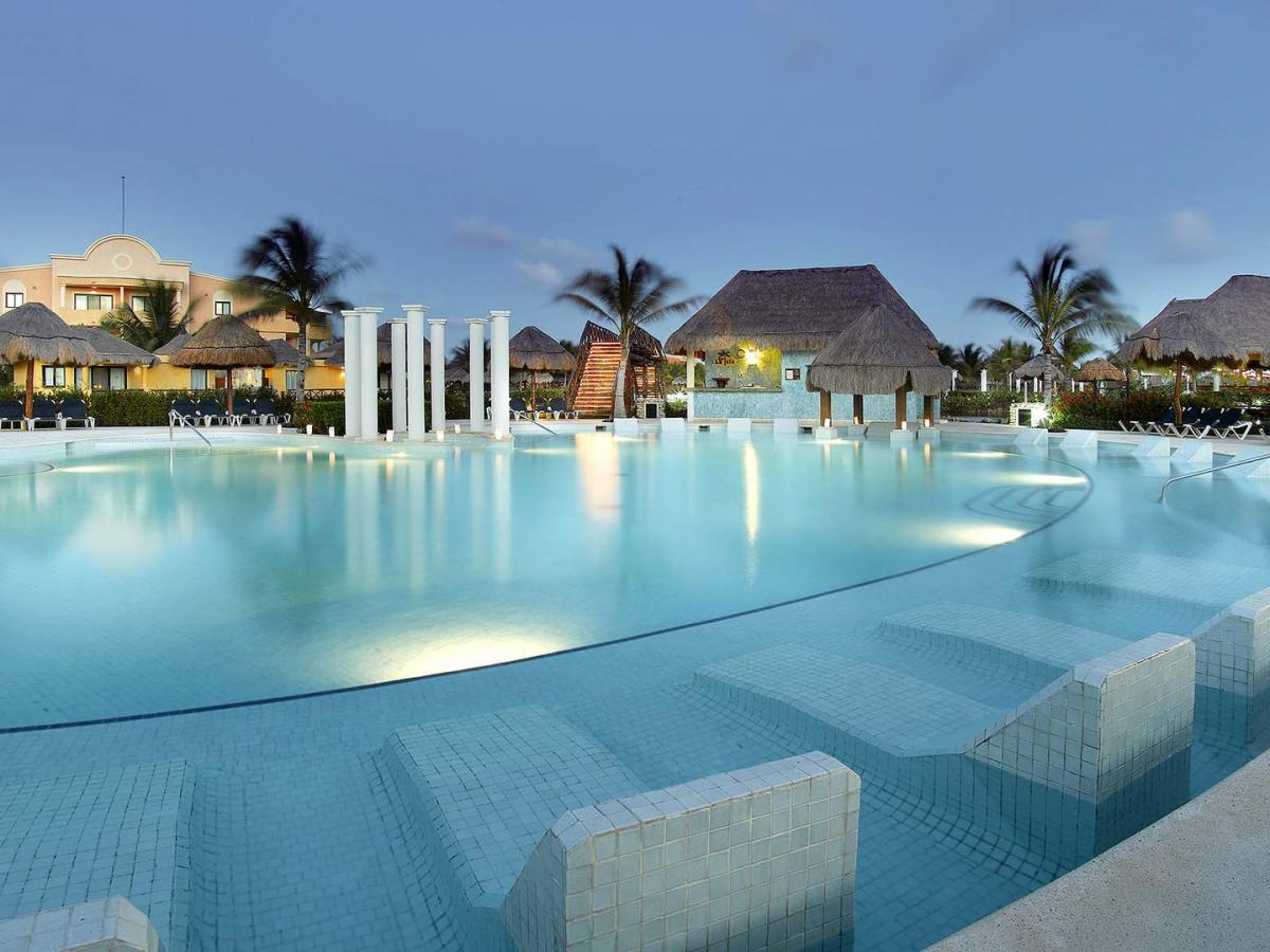 Grand Palladium Colonial Resort Spa Mayan Riviera