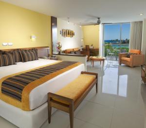 Grand Sirenis Riviera Maya Mexico - Junior Suite