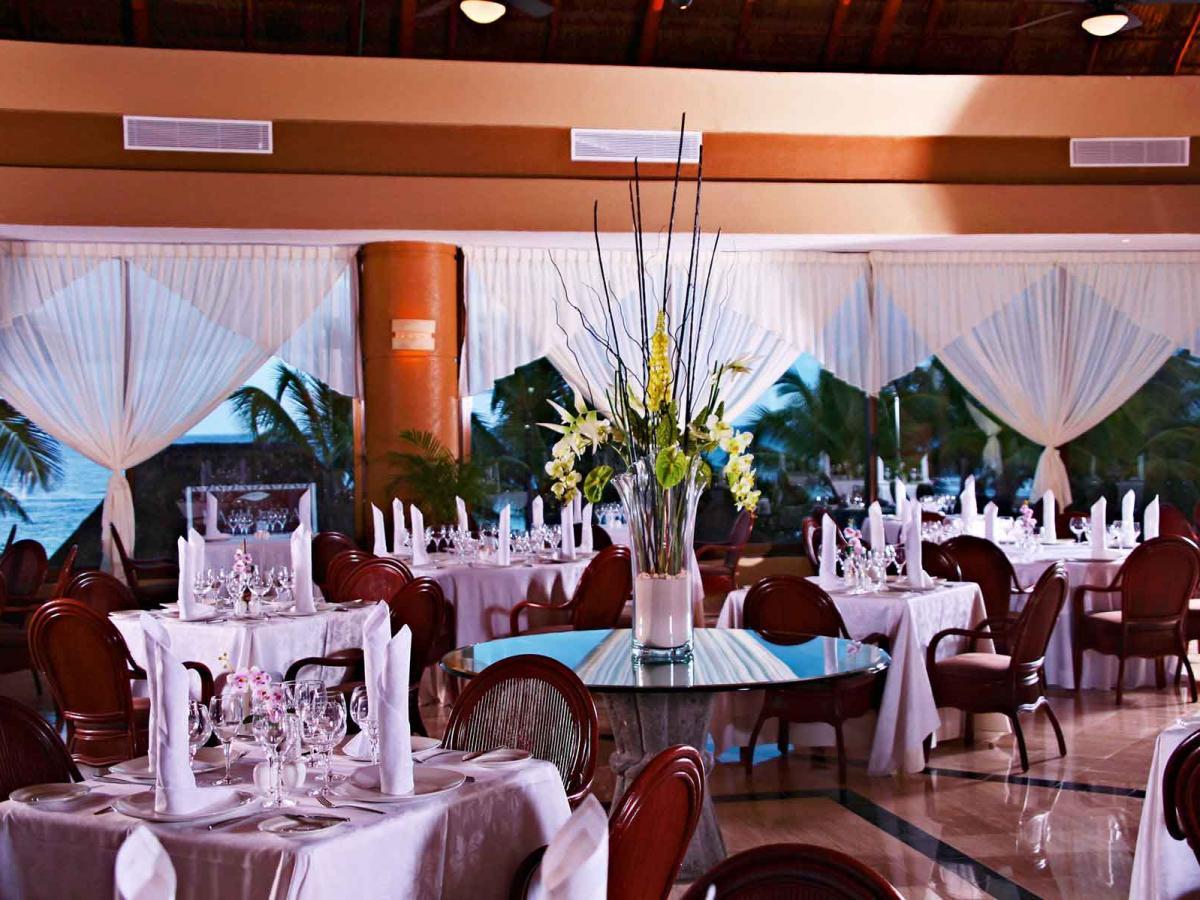 Luxury Bahia Principe Akumal Mexico - Arlequin