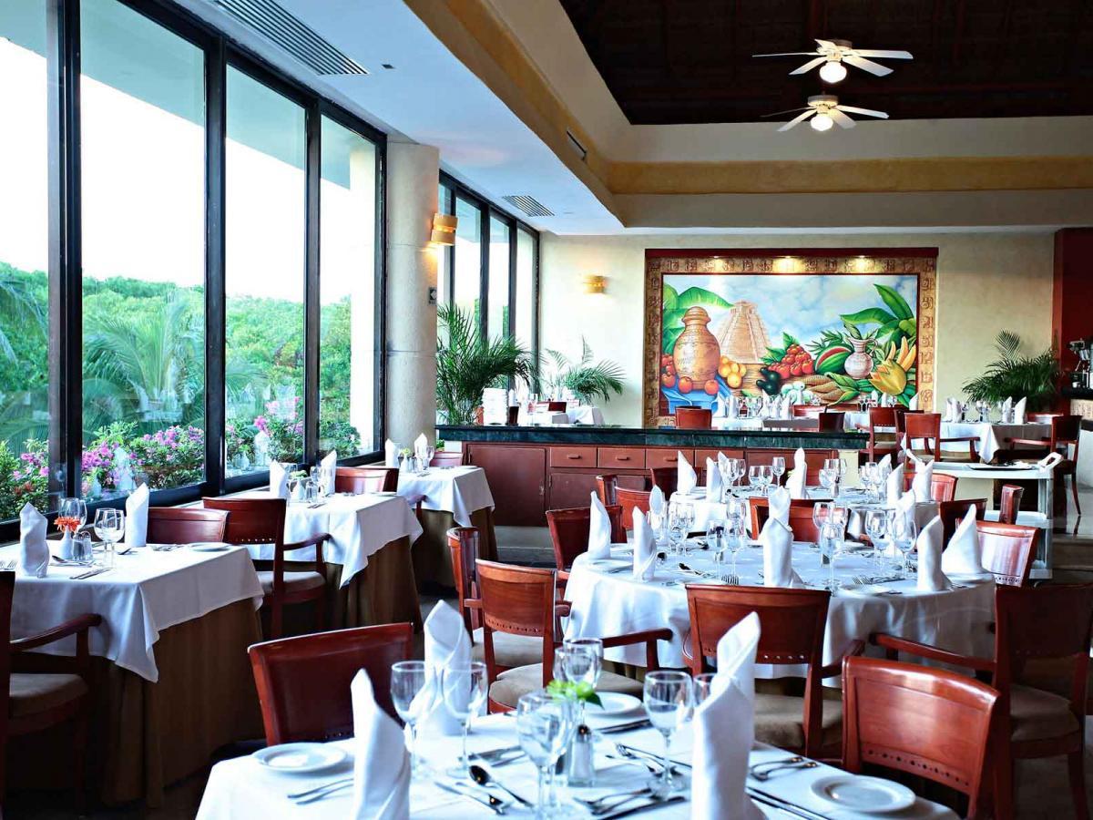 Luxury Bahia Principe Akumal Mexico - Riviera