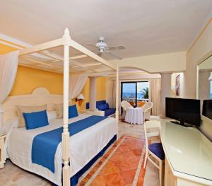 Luxury Bahia Principe Akumal Mexico - Junior Suite Ocean Front