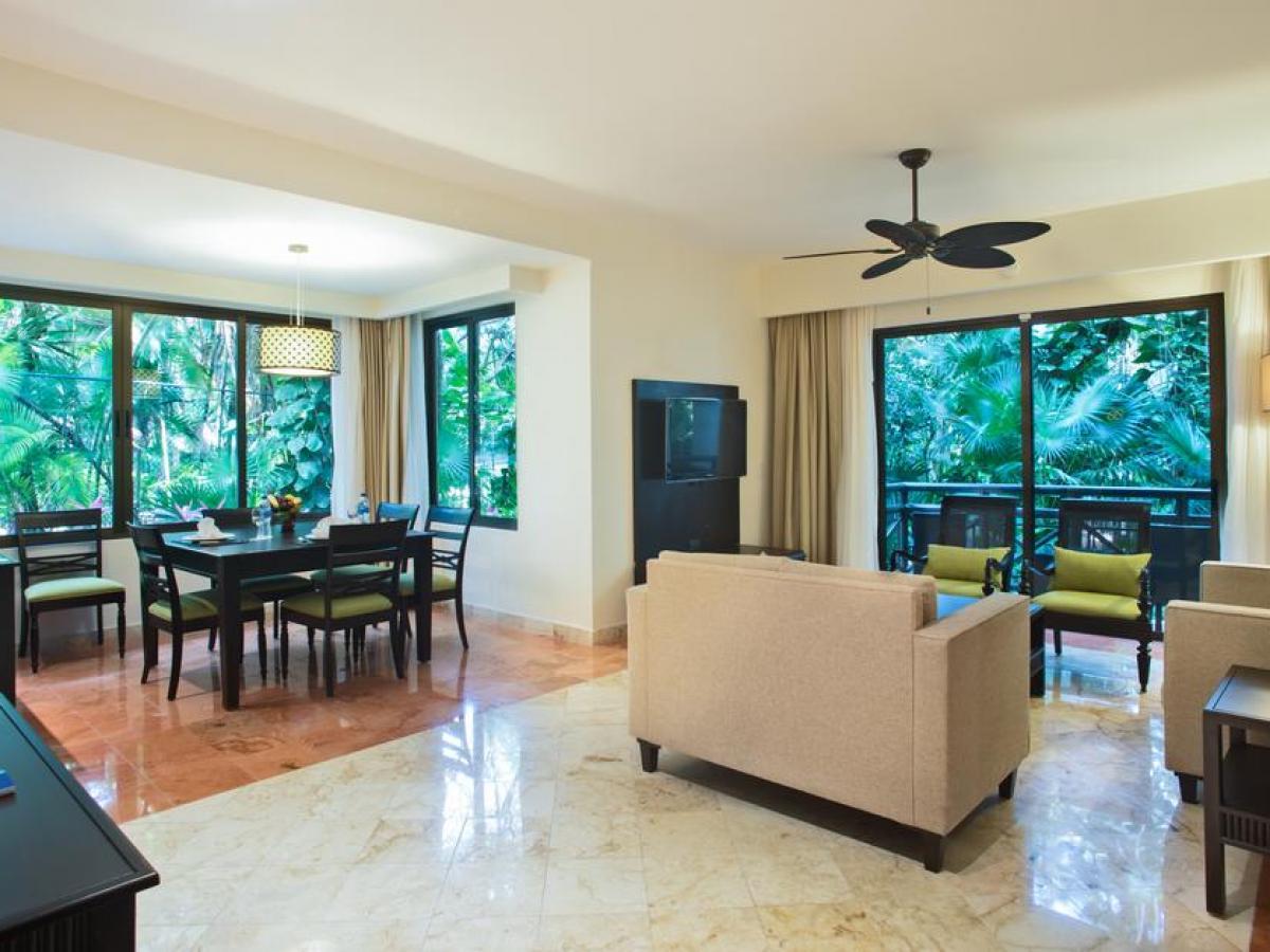 Occidental At Xcaret Riviera Maya - Royal Level Suite