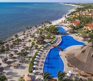 Ocean Maya Royale - Resort